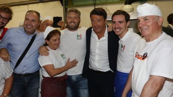 """Renzi alla festa dell'Unità di Firenze: """"Il primo pensiero va alle due ragazze americane"""""""