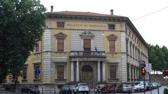 Lucca, estremista di destra estradato in Italia: deve scontare 8 anni di carcere