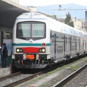 Prato, capotreno picchiata da due ragazze: domani sciopero dei ferrovieri  in Toscana