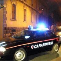 Prato, ubriaco morde un carabiniere: arrestato