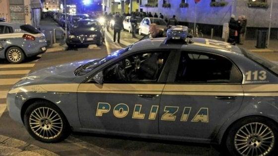 """Firenze: turista americana nuda e confusa bussa a una porta: """"Non ricordo niente"""""""