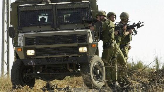 Traffico di mezzi militari, arresti anche a Trapani