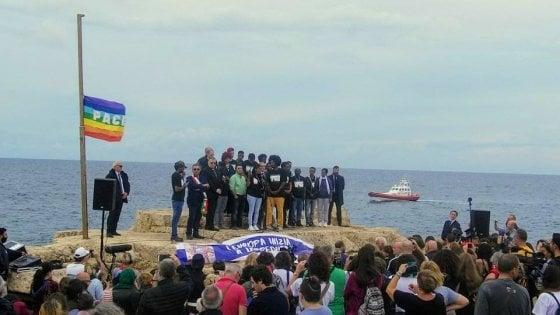"""""""L'Europa inizia a Lampedusa"""", una scuola di Firenze vince il concorso del Miur"""