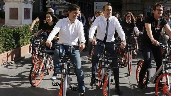 """Firenze, Nardella e il bike sharing: """"Il servizio funziona ma ci vuole rispetto delle regole"""""""