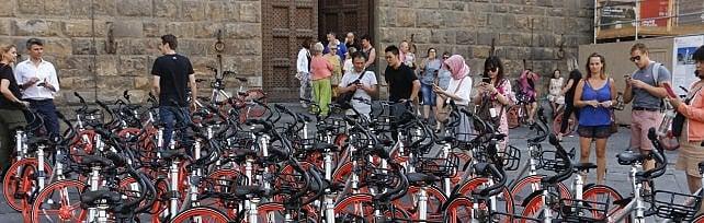 """Nardella e il bike sharing, appello ai fiorentini:  """"Servizio ok, ma ci vuole rispetto delle regole"""""""