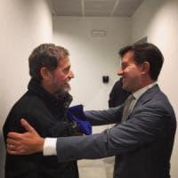 Firenze, il sindaco Nardella accoglie don Pallù