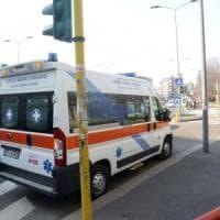 Pisa, coppia di anziani travolta da auto, muore la donna