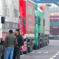 Tre giorni di sciopero nell'autotrasporto: rifornimenti a rischio