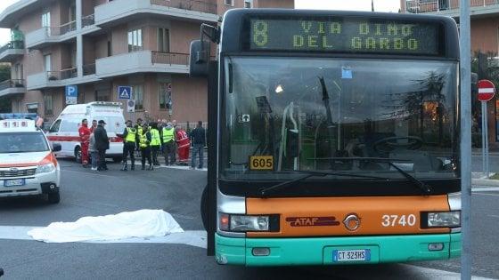 Autobus travolge ciclista: incidente mortale a Bagno a Ripoli ...