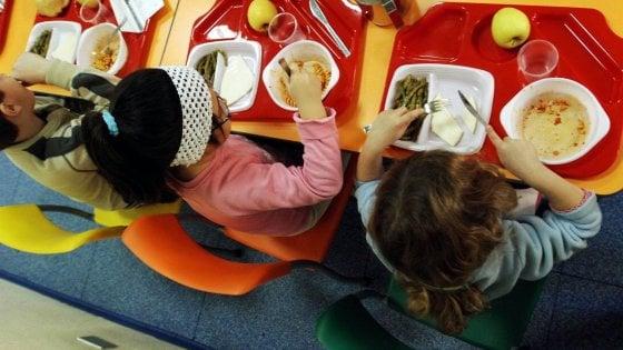 Montevarchi: genitori morosi? In mensa ai bambini servono pane e olio
