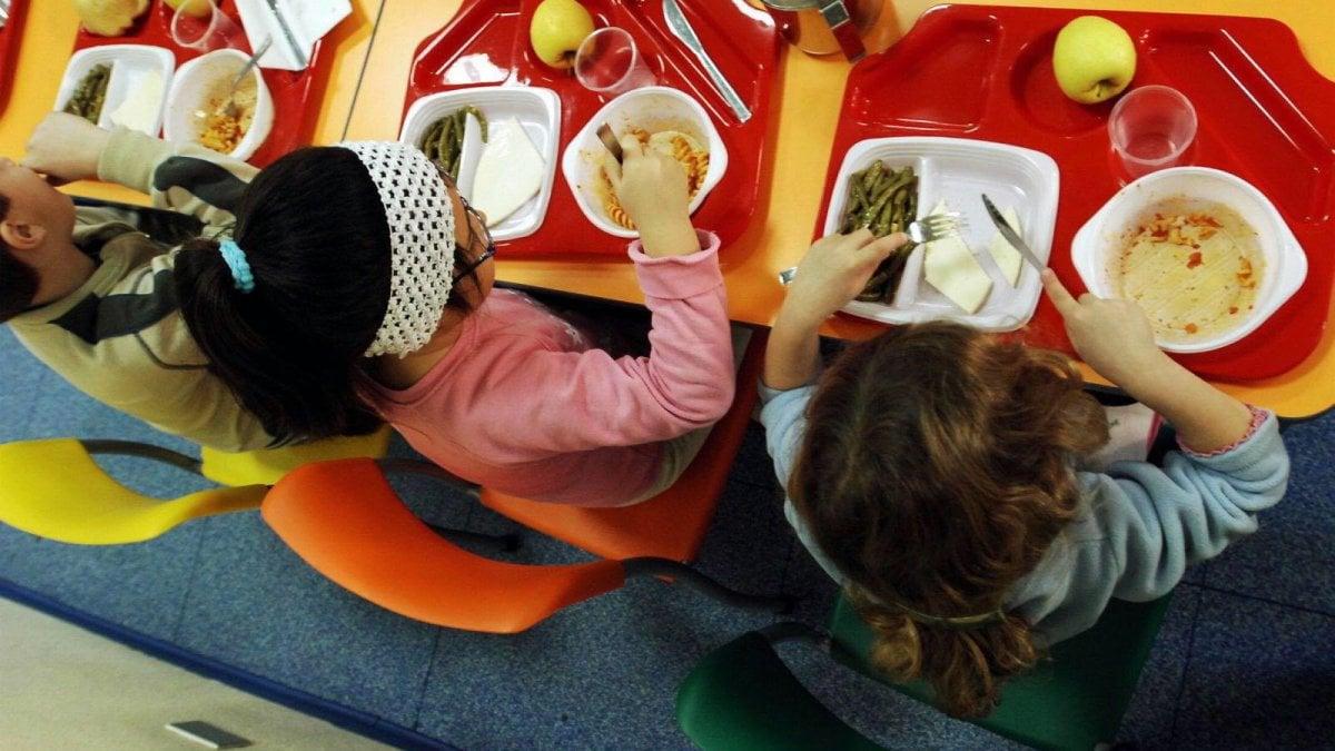 Montevarchi genitori morosi in mensa ai bambini servono for Arredamento etnico bari