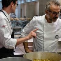 Massimo Bottura arriva a Firenze, dentro il palazzo di Gucci