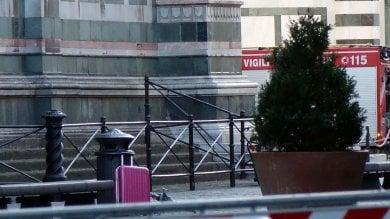 Firenze, falso allarme bomba vicino  al Duomo: valigia fatta brillare
