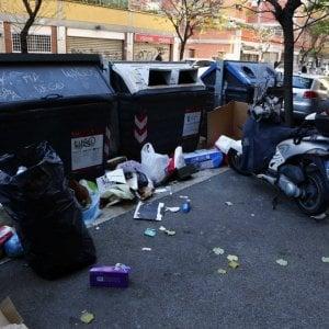 """La Regione Lazio annuncia: """"Accordo per smaltire in Toscana 20 mila tonnellate di rifiuti di Roma"""""""