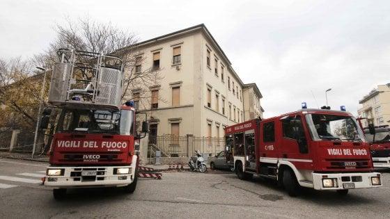 Firenze, dopo gli incendi la scuola Dino Compagni viene trasferita