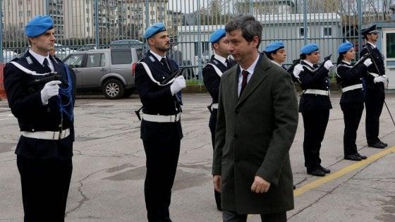 """Consiglio comunale a Sollicciano con il ministro. I detenuti; """"Dateci acqua calda e riscaldamento"""""""