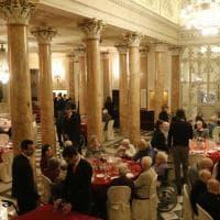 Firenze, il pranzo di Pinchiorri alla Pergola per i nonni di Montedomini