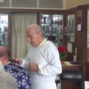A Forte dei Marmi uno dei barbieri più longevi d'Italia: lavora da 74 anni