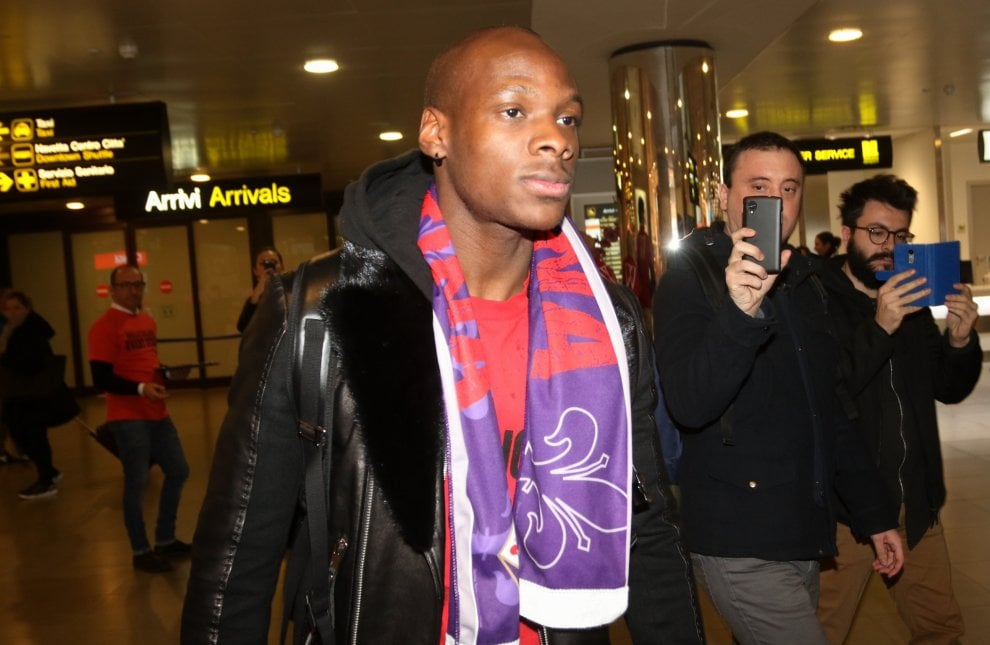 """Il centrocampista Dabo arriva a Firenze: """"Contento di essere in un club storico come la Fiorentina"""""""