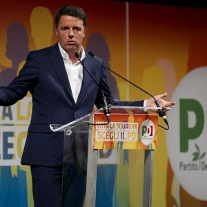 Attacco hacker al Pd fiorentino: online cellulari e indirizzi