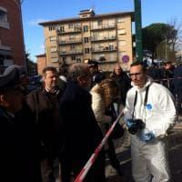 Pisa, spara ai passanti che lo rimproverano perché va troppo veloce in moto: i rilievi della polizia sul luogo dell'incidente