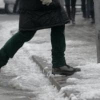 Maltempo, neve e gelo sulla Toscana: codice arancione in Mugello