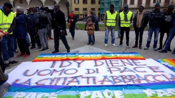 Firenze: oltre diecimila persone al corteo in memoria di Idy