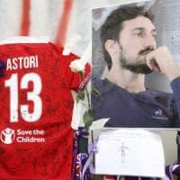 La Fiorentina, quel minuto di silenzio fra emozioni e il ricordo di Astori