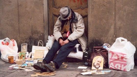 """Sant'Egidio, una """"guida"""" per i senzatetto di Firenze"""