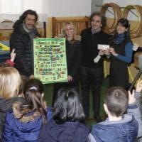 Firenze, i negozi di Porta Romana donano i giochi alle scuole