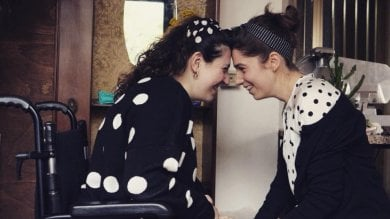 """La battaglia di Vanessa e Clarissa: """"Insieme contro i pregiudizi sulla disabilità""""   video"""