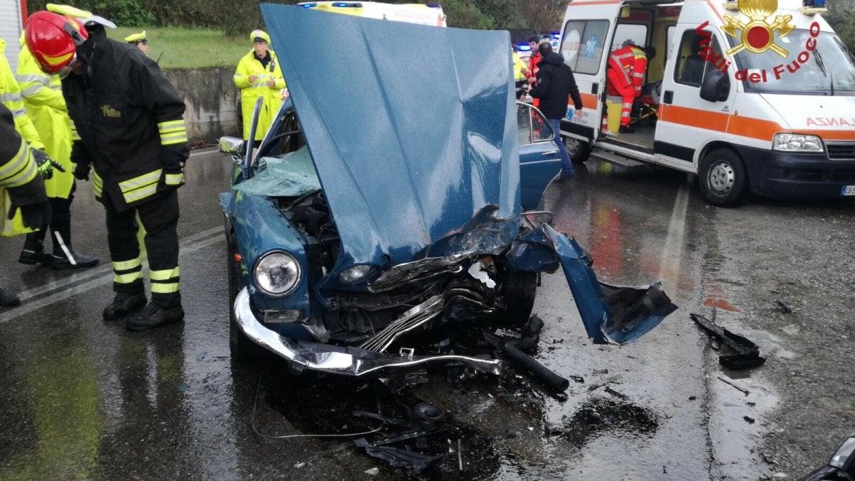 Bagno a ripoli frontale in via di rosano due feriti for Bagno a ripoli primolio 2018