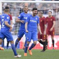 Colpo della Fiorentina all'Olimpico: sesta vittoria consecutiva
