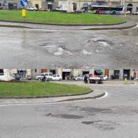 Firenze, riparate le prime buche segnalate dai lettori