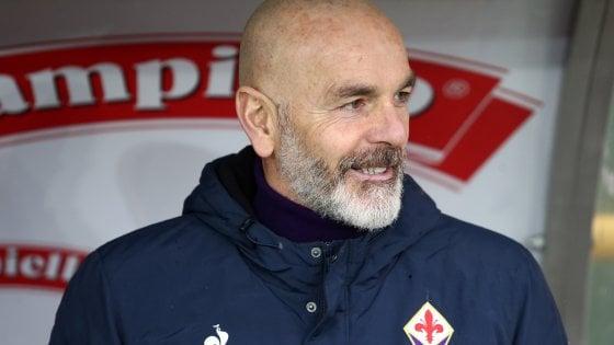 """Fiorentina, Pioli: """"Vogliamo vincere con pazienza e intelligenza, non penso alla Lazio. Rigore Juve? Non ho visto la partita"""""""