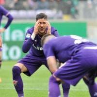 Fiorentina, l'arbitro, il rigore annullato e i tifosi prendono in giro Buffon