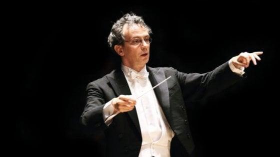 """Firenze, il direttore musicale del Maggio Luisi: """"Non voglio più premio tedesco Echo"""""""