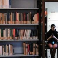 Firenze, la Biblioteca della Facoltà di Lettere chiude troppo presto e
