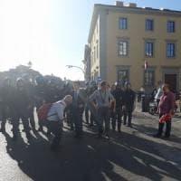 Corteo degli studenti a Firenze, tensione tra polizia e manifestanti