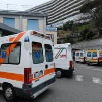 Firenze, poliziotto provoca incidente e scappa