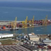 Livorno, cocaina nel container pieno di banane