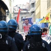 Firenze, 25 aprile: una carica per allontanare un corteo
