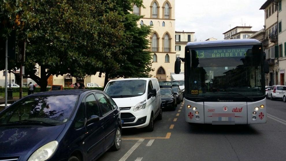 """""""Non solo bus, anche la viabilità si chiama desiderio"""": gli scatti degli autisti"""