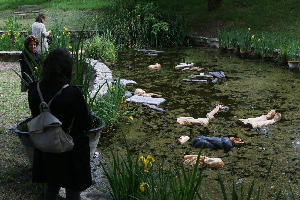 Giardino dell 39 iris l 39 installazione di prugger sui - Giardino dell iris firenze ...