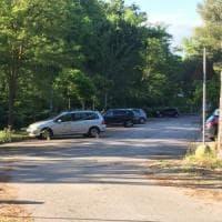 Nel Pisano, padre lascia la figlia di un anno chiusa in auto: morta