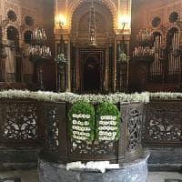 Firenze, fiori e piante in Sinagoga per la festa dello Shavuot