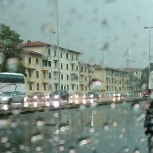 Maltempo in Toscana, lunedì codice giallo