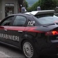 Prostituzione, pestaggi e furti, maxi operazione dei carabinieri a Massa