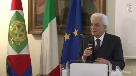 """Firenze, il Pd chiama in piazza: """"Davanti alla prefettura per solidarietà con Mattarella"""""""