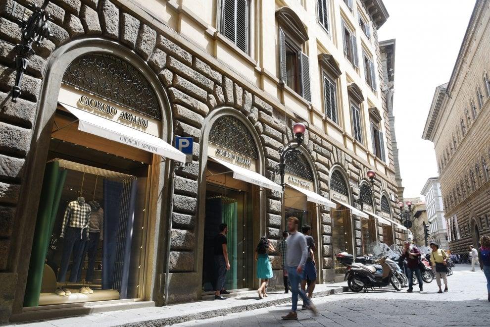 Pitti Firenze, la nuova boutique di Armani in via Tornabuoni